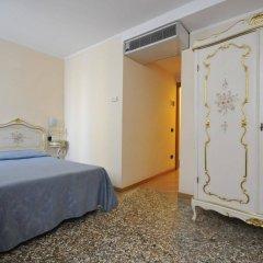 Отель Ca' Leon D'Oro Италия, Венеция - 2 отзыва об отеле, цены и фото номеров - забронировать отель Ca' Leon D'Oro онлайн комната для гостей фото 4