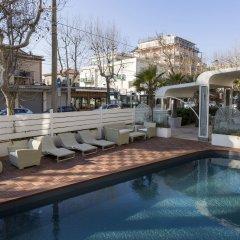 Best Western Maison B Hotel Римини бассейн фото 2