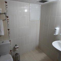 Atlihan Hotel Турция, Мерсин - отзывы, цены и фото номеров - забронировать отель Atlihan Hotel онлайн ванная фото 2