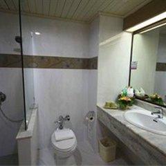 Отель Pinnacle Lumpinee Park Бангкок ванная фото 2