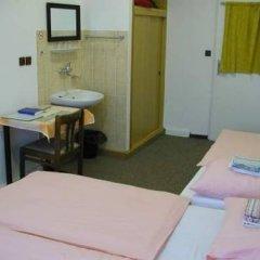 Отель Church Pension Praha - Husuv Dum удобства в номере