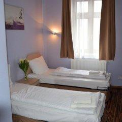 Отель Akira Bed & Breakfast Польша, Вроцлав - отзывы, цены и фото номеров - забронировать отель Akira Bed & Breakfast онлайн комната для гостей фото 3