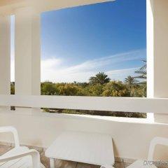 Отель Iberostar Mehari Djerba Тунис, Мидун - отзывы, цены и фото номеров - забронировать отель Iberostar Mehari Djerba онлайн балкон