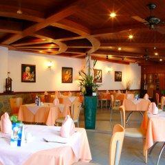 Отель Thara Patong Beach Resort & Spa Таиланд, Пхукет - 7 отзывов об отеле, цены и фото номеров - забронировать отель Thara Patong Beach Resort & Spa онлайн питание