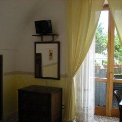 Отель LArgine Fiorito Италия, Атрани - отзывы, цены и фото номеров - забронировать отель LArgine Fiorito онлайн удобства в номере фото 2