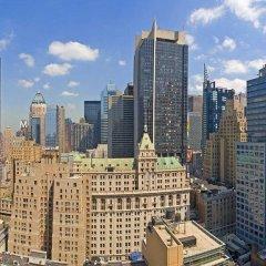 Отель Hilton Times Square США, Нью-Йорк - отзывы, цены и фото номеров - забронировать отель Hilton Times Square онлайн балкон