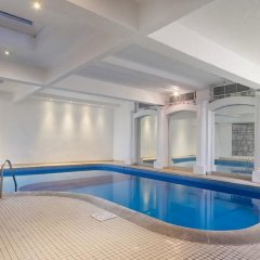 Отель Henry VIII бассейн фото 2