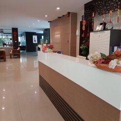 Отель 14 Place Sukhumvit Suites Бангкок интерьер отеля