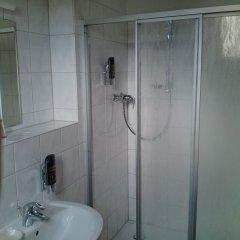 Отель Britzer Tor Германия, Берлин - отзывы, цены и фото номеров - забронировать отель Britzer Tor онлайн ванная
