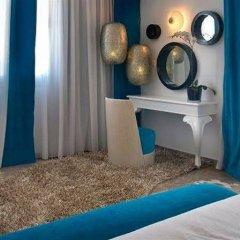 Отель Louis Althea Kalamies Villas Протарас сейф в номере