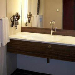 Hotel Ramada Pitesti ванная фото 2