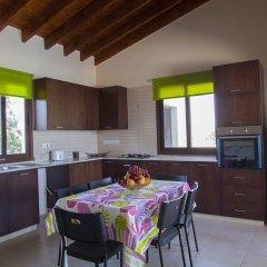 Отель Protaras St Raphael Villa в номере фото 2