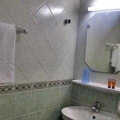 Отель Sahara Hotel Apartments ОАЭ, Шарджа - отзывы, цены и фото номеров - забронировать отель Sahara Hotel Apartments онлайн ванная