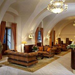 Lindner Hotel Prague Castle интерьер отеля