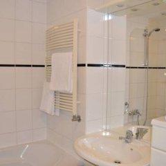 Отель Fletcher Hotel - Resort Spaarnwoude Нидерланды, Велсен-Зюйд - отзывы, цены и фото номеров - забронировать отель Fletcher Hotel - Resort Spaarnwoude онлайн ванная фото 2