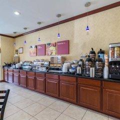 Отель Comfort Suites Galveston США, Галвестон - отзывы, цены и фото номеров - забронировать отель Comfort Suites Galveston онлайн питание