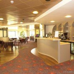 Brit Hotel Rennes St Grégoire - Le Villeneuve питание