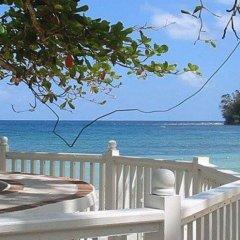 Отель Jamaica Palace Порт Антонио пляж
