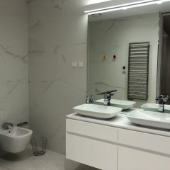 Отель Apartament Dykley Gardens Черногория, Будва - отзывы, цены и фото номеров - забронировать отель Apartament Dykley Gardens онлайн ванная