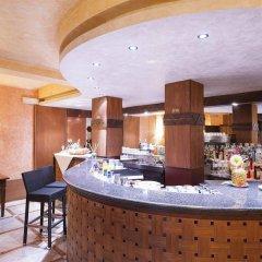 Hotel La Perla Del Golfo Проччио гостиничный бар
