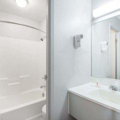 Отель Howard Johnson by Wyndham Quebec City Канада, Квебек - отзывы, цены и фото номеров - забронировать отель Howard Johnson by Wyndham Quebec City онлайн ванная