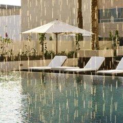 Отель Novotel Dubai Deira City Centre бассейн фото 2