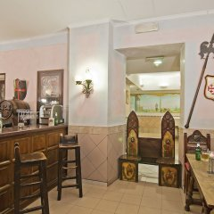 Hotel Alimandi Via Tunisi гостиничный бар