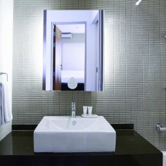 Отель Citadines Sukhumvit 8 Bangkok ванная фото 2