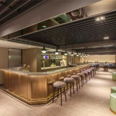 Отель Citadines Biyun Shanghai Китай, Шанхай - отзывы, цены и фото номеров - забронировать отель Citadines Biyun Shanghai онлайн гостиничный бар