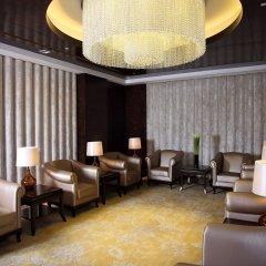 Shanghai Hongqiao Airport Hotel интерьер отеля
