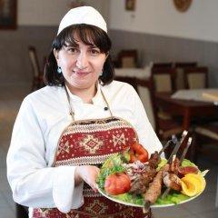 Отель Jerevan Литва, Друскининкай - отзывы, цены и фото номеров - забронировать отель Jerevan онлайн питание фото 3