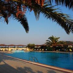 Telhinis Hotel бассейн