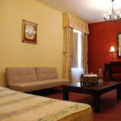 Отель Alvar Fanez Убеда комната для гостей фото 5