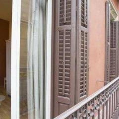 Отель Viviendas Turísticas Duque de Alba Испания, Мадрид - отзывы, цены и фото номеров - забронировать отель Viviendas Turísticas Duque de Alba онлайн балкон