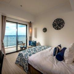 Hotel Monterey Okinawa Spa & Resort Центр Окинавы сейф в номере