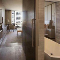 Отель Four Seasons Hotel Toronto Канада, Торонто - отзывы, цены и фото номеров - забронировать отель Four Seasons Hotel Toronto онлайн ванная фото 2