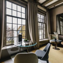 Отель The Dylan Amsterdam гостиничный бар