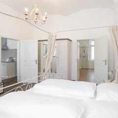 Отель Vintage Apartments Schönbrunn Австрия, Вена - отзывы, цены и фото номеров - забронировать отель Vintage Apartments Schönbrunn онлайн комната для гостей фото 2