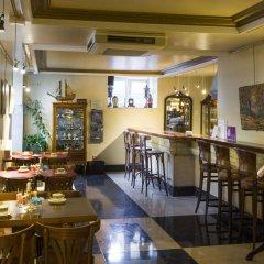 Отель La Galeria Сан-Себастьян гостиничный бар