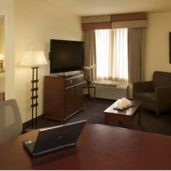 Larkspur Landing Milpitas - An All-Suite Hotel комната для гостей