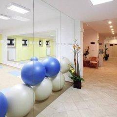 Отель Hubert Чехия, Франтишкови-Лазне - отзывы, цены и фото номеров - забронировать отель Hubert онлайн фитнесс-зал фото 3