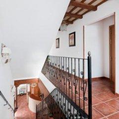 Отель Restaurante Blanco y Verde Испания, Кониль-де-ла-Фронтера - отзывы, цены и фото номеров - забронировать отель Restaurante Blanco y Verde онлайн балкон