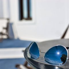 Отель Cosmopolitan Suites Греция, Остров Санторини - отзывы, цены и фото номеров - забронировать отель Cosmopolitan Suites онлайн спортивное сооружение