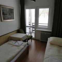 Отель Motel Strzeszynek Польша, Познань - отзывы, цены и фото номеров - забронировать отель Motel Strzeszynek онлайн комната для гостей фото 3