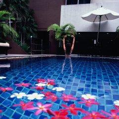 Отель Furamaxclusive Sukhumvit Бангкок бассейн фото 2