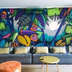 Hub Lisbon Patio Hostel интерьер отеля фото 2