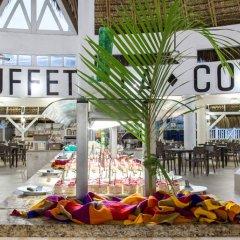 Отель Be Live Experience Hamaca Beach - All Inclusive Доминикана, Бока Чика - 1 отзыв об отеле, цены и фото номеров - забронировать отель Be Live Experience Hamaca Beach - All Inclusive онлайн бассейн
