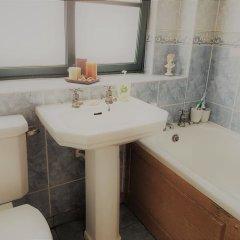 Отель City Centre Townhouse Великобритания, Эдинбург - отзывы, цены и фото номеров - забронировать отель City Centre Townhouse онлайн ванная фото 2
