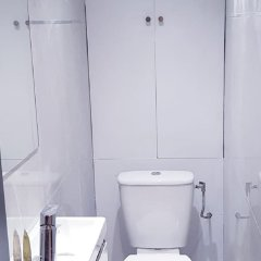 Отель 100 Luxury 2 Bedroom Beaubourg Marais Париж ванная