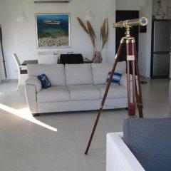 Отель Trident Beach Front Suite Кипр, Протарас - отзывы, цены и фото номеров - забронировать отель Trident Beach Front Suite онлайн комната для гостей фото 3